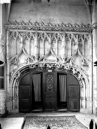 Eglise Saint-Gervais-Saint-Protais Déambulatoire, enfeu, Gossin (photographe),