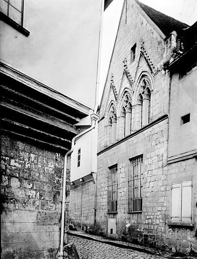 Maisons Angle et vue diagonale d'une façade, Enlart, Camille (historien),