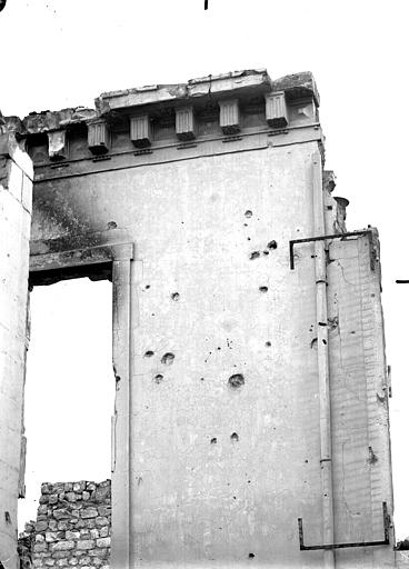Maison Pan de mur, Verneau, G.,