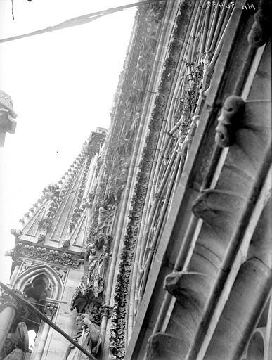 Cathédrale Notre-Dame Portail ouest, rose, voussure gauche, Lajoie, Abel,
