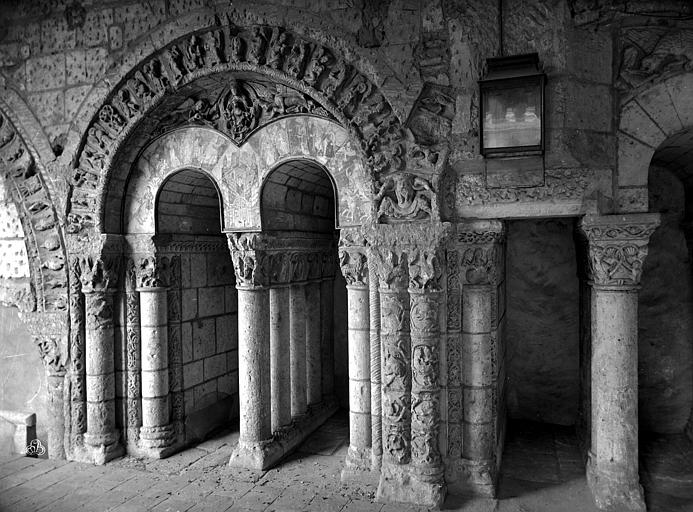Abbaye Saint-Aubin (ancienne) Cloître, Carlier (photographe),