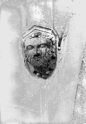 Cathédrale Notre-Dame Tête d'amortissement, tour sud, Lajoie, Abel,