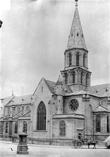 Eglise Saint-Pierre-Saint-Paul Façade sud : Transept et clocher, Vorin,
