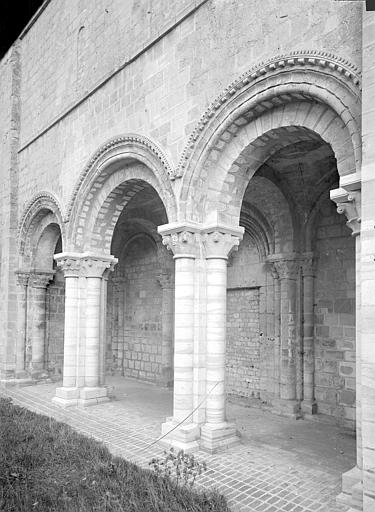 Eglise Saint-Nicolas (ancienne) Porche ouest, Durand, Jean-Eugène (photographe),