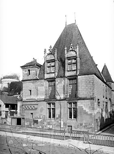 Hôtel de Ville Façade ouest, Mieusement, Médéric (photographe),