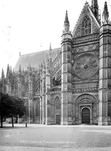 Cathédrale Sainte-Croix Façade nord : transept et partie est, Mieusement, Médéric (photographe),