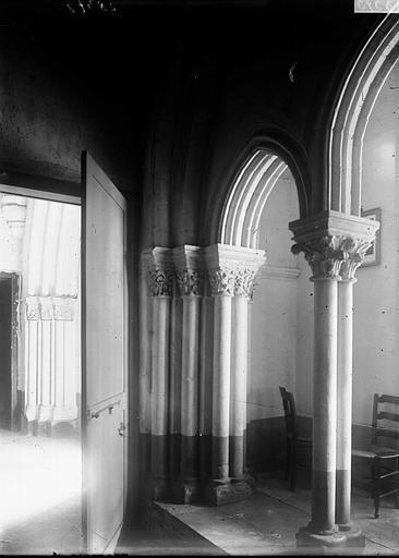 Basilique Saint-Remi (supposée) Intérieur, Enlart, Camille (historien),