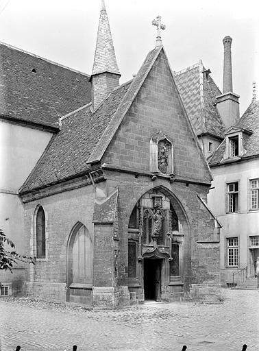 Hôpital général Chapelle Sainte-Croix : Porche, Gossin (photographe),