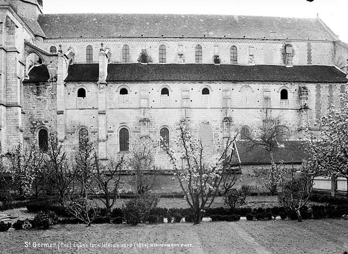 Eglise abbatiale Façade nord, Mieusement, Médéric (photographe),