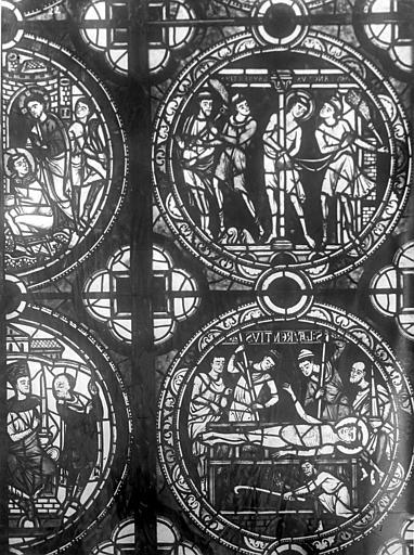 Cathédrale Saint-Pierre Vitrail, fenêtre A, figure d'ornementation, Leprévost (photographe),