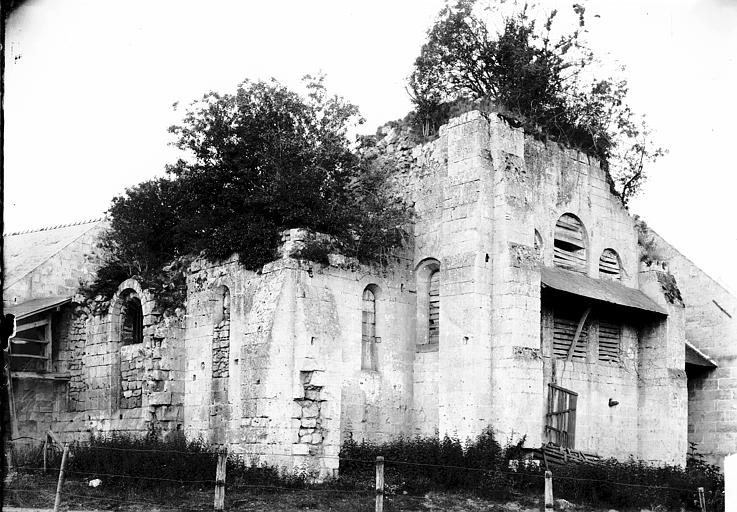 Prieuré de Bellefontaine (restes) Ruines, Enlart, Camille (historien),
