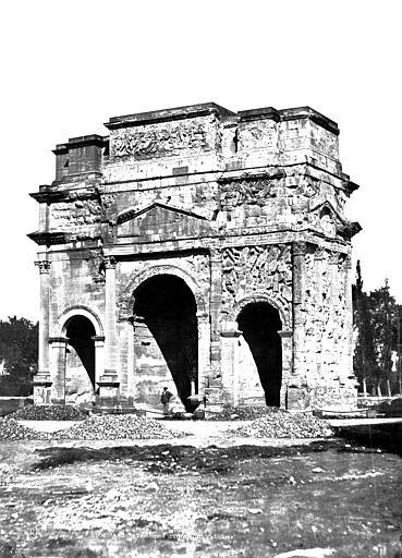 Arc antique Face sud, Baldus, Edouard (photographe),