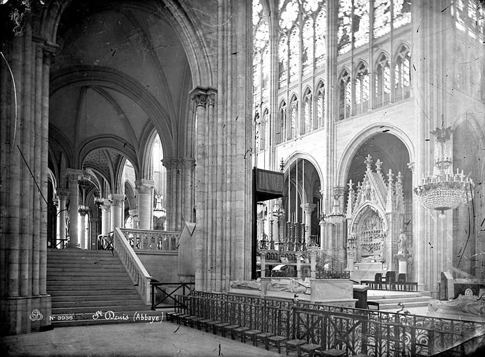 Basilique Saint-Denis Vue intérieure du déambulatoire côté nord et du choeur, Mieusement, Médéric (photographe),