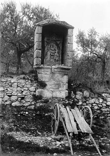 Calvaire Station d'un chemin de croix, Enlart, Camille (historien),
