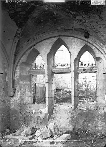 Couvent des Jacobins (vestiges de l'ancien) Fenêtre tuffée, Verneau, G.,
