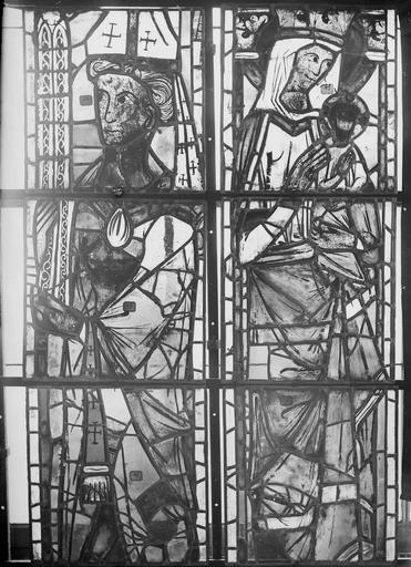 Cathédrale Notre-Dame Vitraux de la fenêtre axiale du choeur, panneaux inférieurs, Nadeau, H. (photographe),