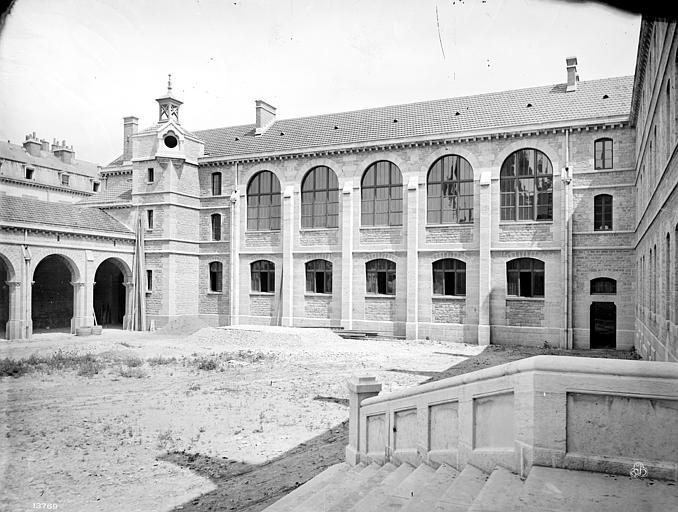 Cathédrale Saint-Bénigne Séminaire : Bibliothèque, Mieusement, Médéric (photographe),