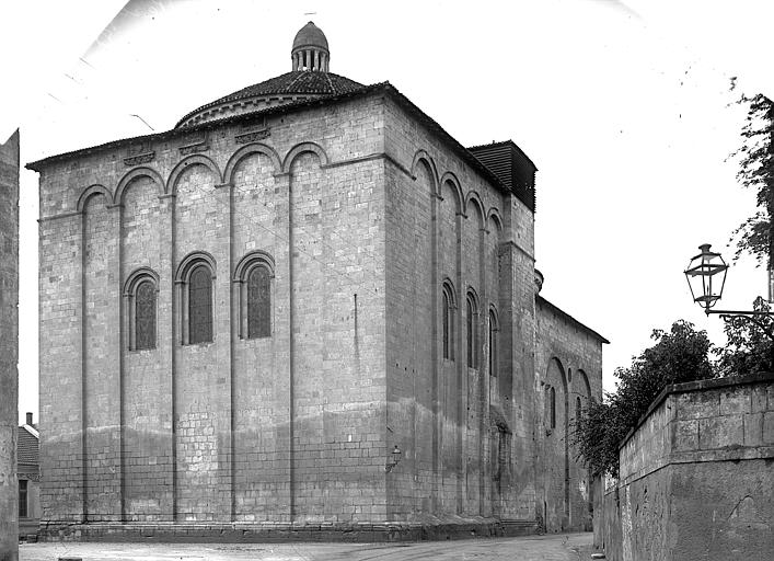 Eglise Saint-Etienne-de-la-Cité Chevet, Enlart, Camille (historien),
