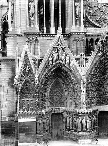 Cathédrale Notre-Dame Portail ouest, porte de gauche, Lajoie, Abel,
