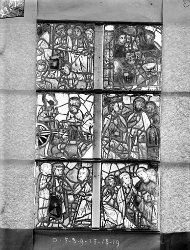 Cathédrale Saint-Etienne (ancienne) Vitrail de la chapelle absidiale, fenêtre E, les six panneaux au-dessus, Romanais (photographe),